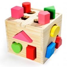 Drevená hracia kocka